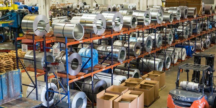 Obiekty produkcyjne - elementy dodatkowe w halach